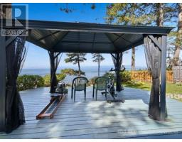 532 Berry Point Road, Gabriola Island